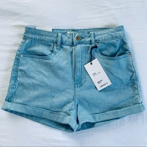 NWT Forever 21 High-Waisted Light Denim Shorts. 27